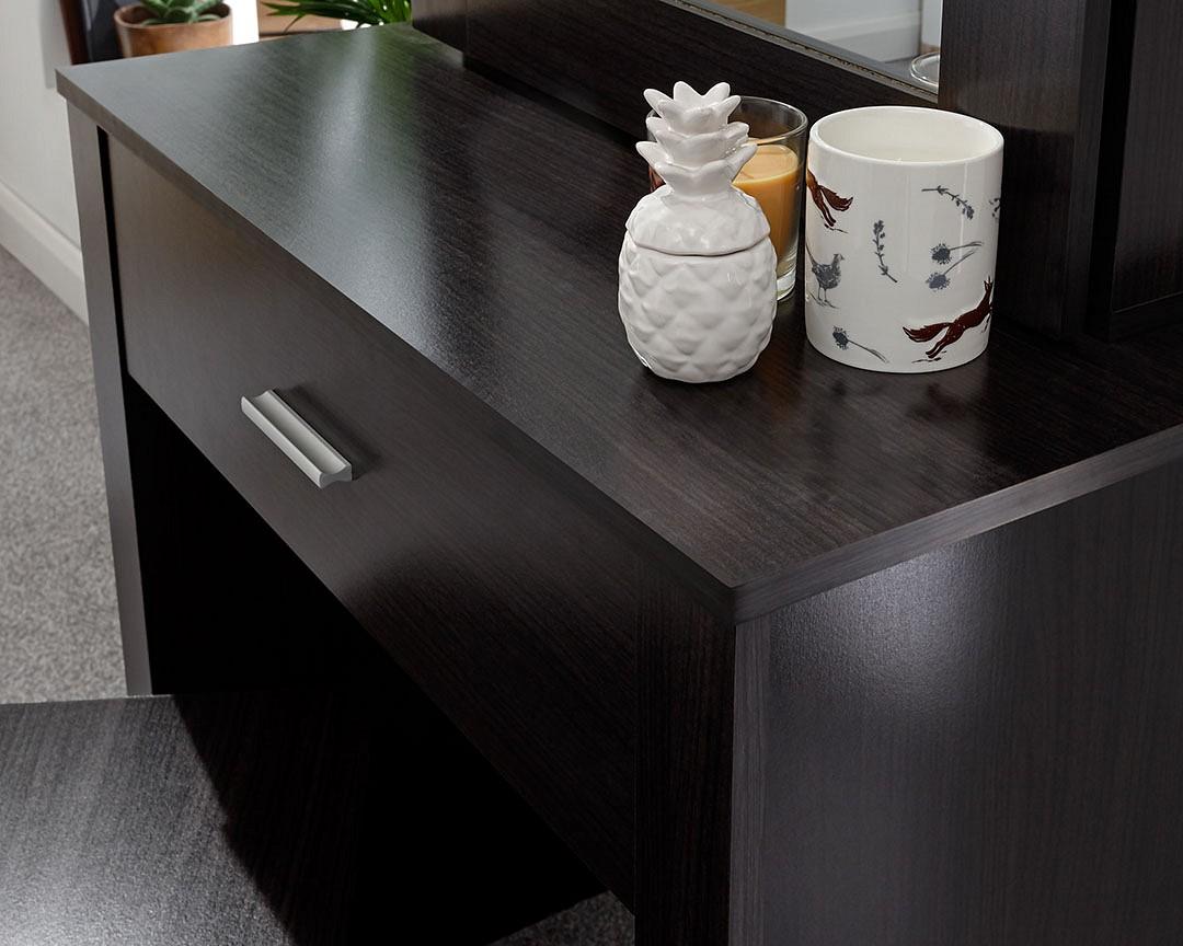super popular ee467 84736 Hobson Dressing Table Set